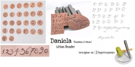 Daniela - COMPLETE SET hoofdletters, kleine letters en cijfers