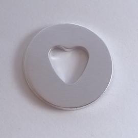 Ring met hartvorm - buitenmaat 32mm
