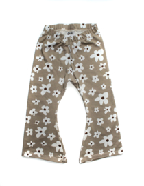 Flared | Flower Taupe