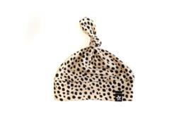 Knoopmutsje   Cheetah zand