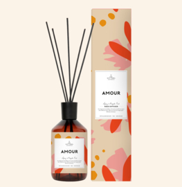 REED DIFFUSER AMOUR SPICY AND ROYAL OUDH - THE GIFT LABEL