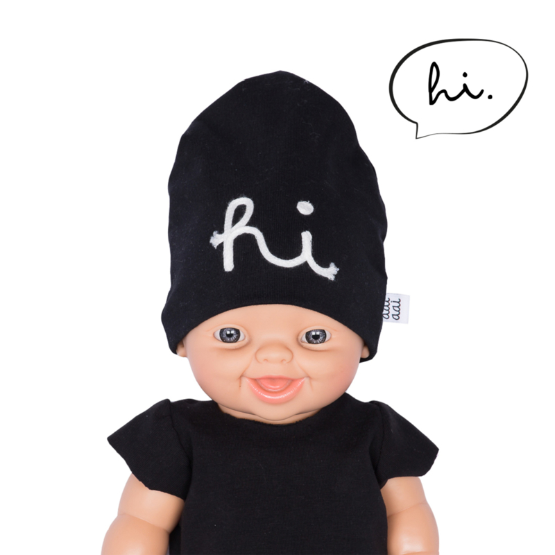 doll beanie HI - black