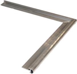 Aluminium daktrim met kraal binnenhoek