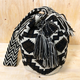 Wayuu bag creamy brown L