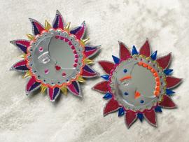 Blikken spiegeltje zon en maan
