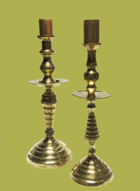 Antieke koperen kandelaar