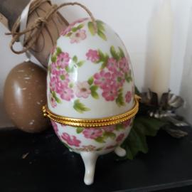 Porseleinen Ei (warmer) Faberge stijl (nr. 1)