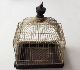 Vogelkooi wit metaal 2e helft 20 eeuw