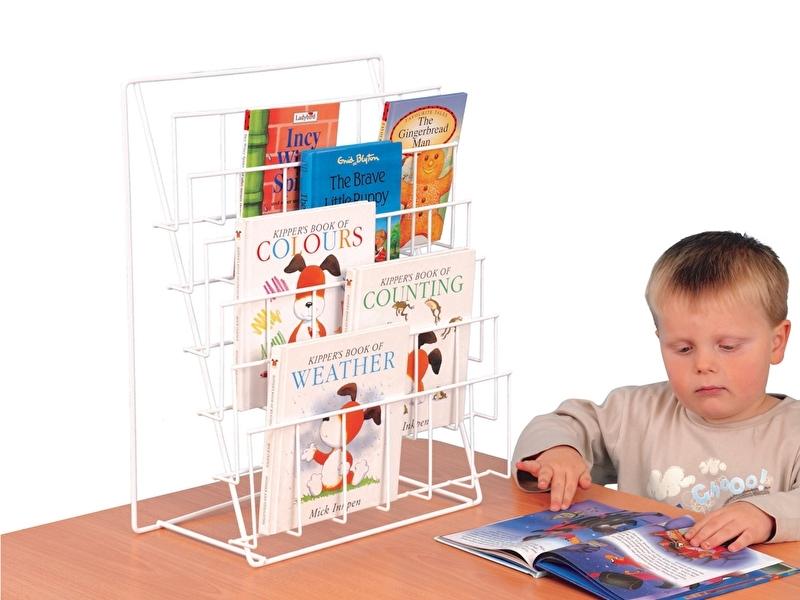 Boekenrek tafel