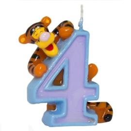 Winnie de Poeh tijgertje kaars cijfer 4