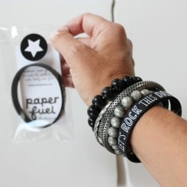 Armbandje 'Let's rock this day'