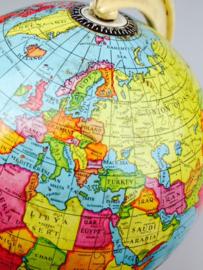 Globe 1964