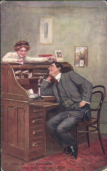 "Vintage ansichtkaart ""The Telephone Girl"""