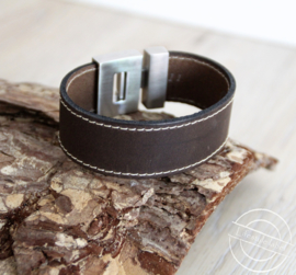 Leren armband donker bruin