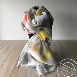 Dames sjaal wit,geel,roze tinten
