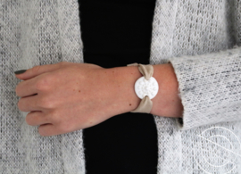 Leren armband Zeeuwse knop wit