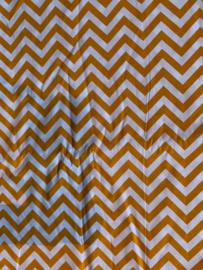 Maat 4 || Oranje- witte zigzag