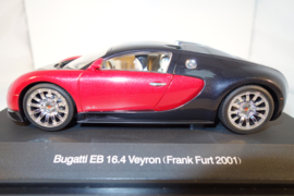 1:24  Bugatti EB 16.4 Veyron zwart/rood  nr. 14151