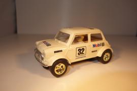 Scalextric Classic Mini wit C478.