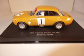 1:32  Alfa Romeo Giulia GT Am Jarama 1970  oker geel  nr. 13673