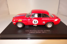 1:32  Alfa Romeo Giulia GT Am Jarama 1970  rood  nr. 13672