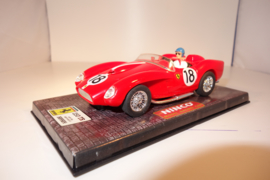 Ninco Ferrari 250TR  'Testa Rossa' rood  No.18   nr. 50150 in OVP. Nieuw!