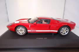 1:24  Ford GT  rood + witte strepen nr. 14101