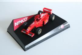 Ninco Ferrari F1 F310B ''Eddie Irvine'' nr. 50163 in OVP.