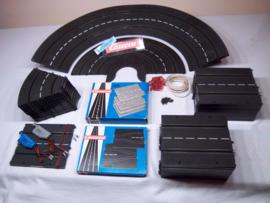 Aanbieding: Carrera Universal 47-delige baandelen set  + extra's
