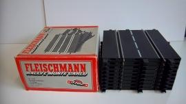 Fleischmann Auto-Rallye.    1/2 recht 3102. 10 stuks in OVP grijs