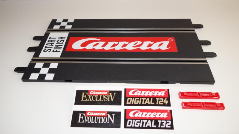 Carrera ExclusiV/Evolution/Digital  recht baandeel met groot Carrera logo en start/finsh balk.