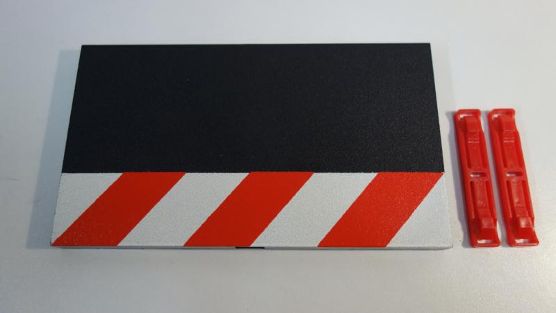 Carrera Excl./Evo./Digi   buiten-slipstrook rood/wit recht  lengte 17,5 cm.   Nr. 30359
