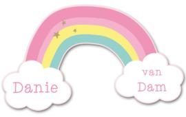 Naamstickers in vorm met een regenboog