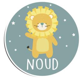 Naamstickers in vorm met een leuke leeuw type Noud