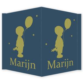 Geboortebord - Geboortebord raam met een silhouette jongetje type Marijn