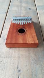 Houten Kalimba met 10 tonen - Afrikaans muziekinstrument voor jong en oud - DuimPiano