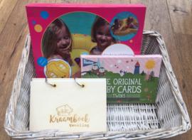 Tweelingzwemband + Milestone cards tweeling NL + Kraamboek tweeling