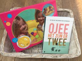 Tweelingzwemband + Tweelingboek Ojee het zijn er twee