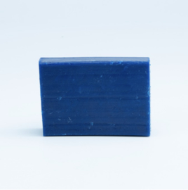 Zeep blauw