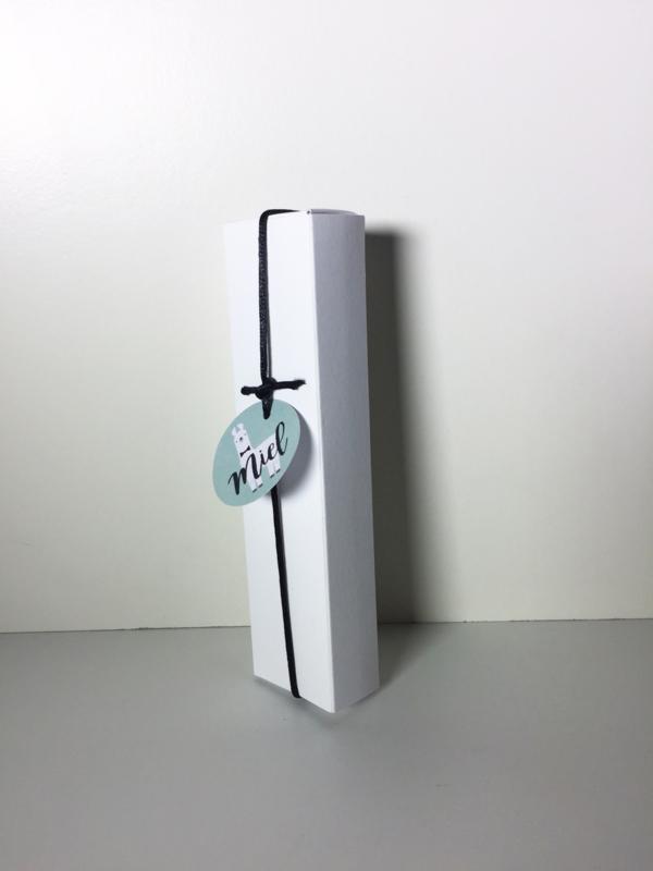 Hoog rechthoekig doosje wit