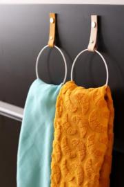 Leren handdoekring