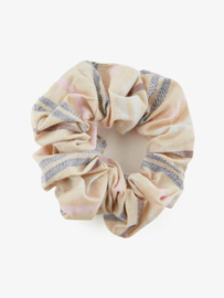 Scrunchie geruit, Pieces