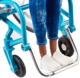 Barbie Gigi rolstoel