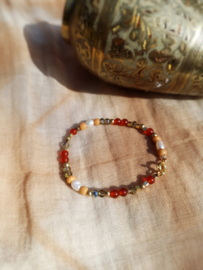 Aurum           -  Carneool en parel armband