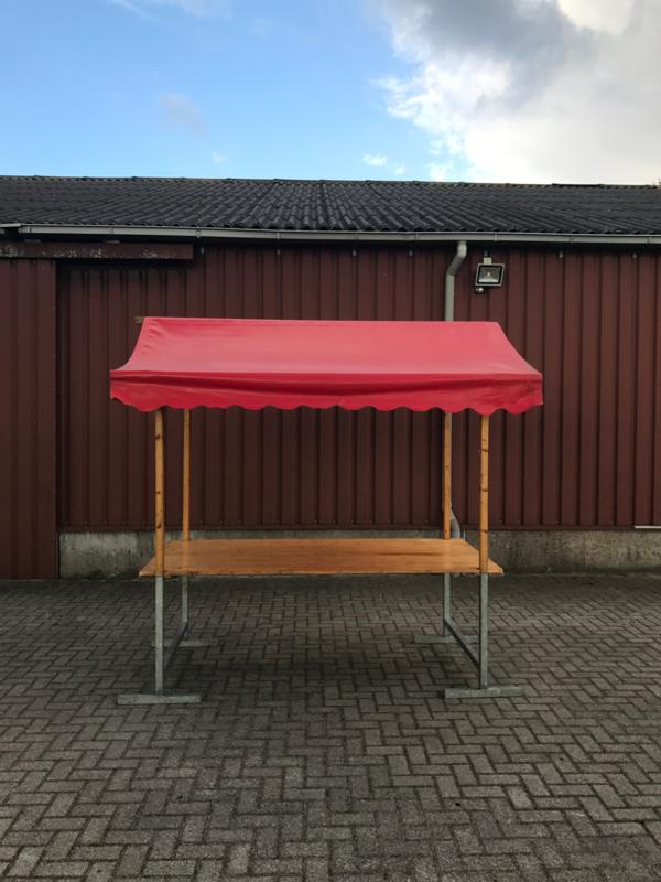 Marktkraam rood 2,1m huren