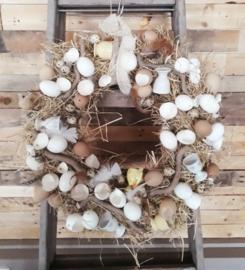 Grote krans met eieren & eierdopjes
