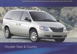 Chrysler Town & Country, A6-size postcard, NAIAS 2004
