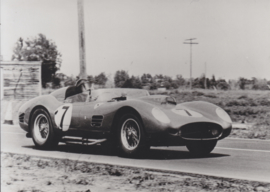 Testa Rossa in 12 hours of Sebring, press photo, Pininfarina, Italy, 1959 (issued in 1985)