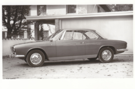 3200 CS V8 Sport Coupé, DIN A6-size photo postcard, 1962, 4 languages