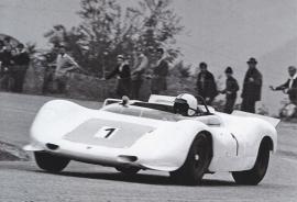 """Porsche 910/8 """"Bergspyder"""" 1968, A6-size postcard, factory-museum issue, German"""
